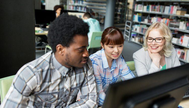Methodologies of internet Education